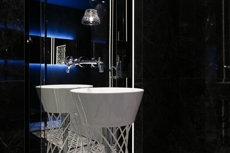 Zdjęcie umywalki ekskluzywnej łazienki z salonu max fliz w Krakowie